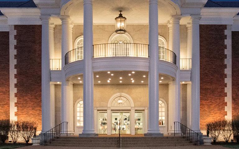 Saks Fifth Avenue - Plaza Frontenac - St. Louis, MO