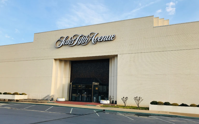 Saks Fifth Avenue - Utica Square - Tulsa, OK