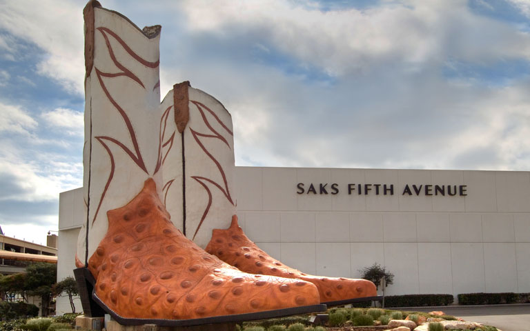 Saks Fifth Avenue - North Star Mall - San Antonio, TX