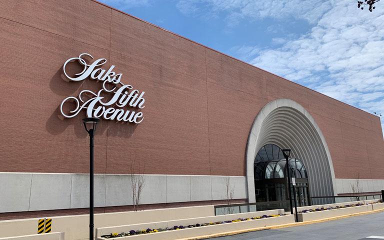Saks Fifth Avenue - Tysons Galleria - Tysons, VA