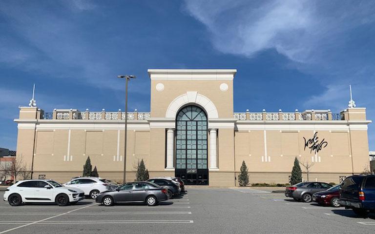 Lord + Taylor - Westfarms Mall - Farmington, CT