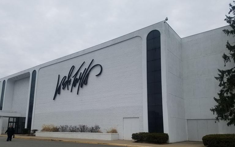 Lord + Taylor - Livingston Mall - Livingston, NJ